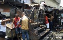 Fuego arrasa cuatro locales comerciales en El Boliche
