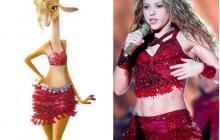 En la final del Super Bowl Shakira tributó a su personaje de Gazelle al vestir similar a ella.
