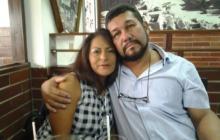 El barranquillero Víctor Hugo Lara y su esposa, la ecuatoriana Elizabeth López, Ambos residen en Guayaquil en donde se recuperaron de COVID-19.