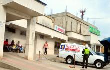 La víctima, quien tenía 7 anotaciones judiciales, fue llevada al hospital San Ignacio.