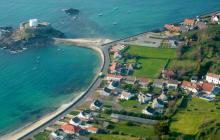 Proponen terminar la Premier en una isla del Canal de la Mancha
