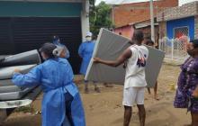 Ayuda humanitaria a familias afectadas por lluvias e incendios en Cartagena