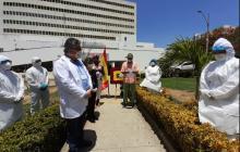 """""""Cartagena entera les agradece su fortaleza"""", dice Dau a médicos del HUC"""