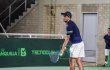 El tenista del registro del Atlántico en el Parque de Raquetas.