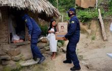 Armada lleva ayuda médica a indígenas de la Sierra Nevada