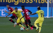 Carlos Bacca en una acción del juego entre el Villarreal y el Mallorca, por la Liga de España.
