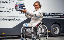 Zanardi sufrió la amputación de ambas piernas como consecuencia de otro grave accidente sufrido en 2001.