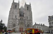 El incendio en la catedral de Nantes reaviva el triste recuerdo de Notre Dame