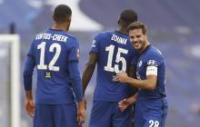 César Azpilicuesta celebrando la victoria del Chelsea.