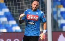 David Ospina calentando previo al partido ante el Udinese.