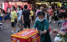 China diagnostica 14 nuevos positivos por coronavirus, 9 de ellos en Xinjiang