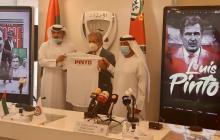 Jorge Luis Pinto en su presentación como nuevo seleccionador de los Emiratos Árabes.
