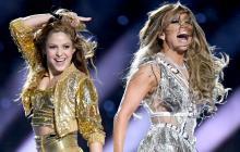 Shakira muestra el proceso de realización de la chaqueta que donó a la subasta