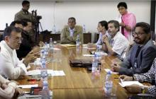 Mesa de negociación en La Habana.
