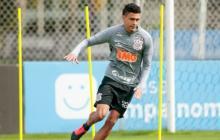 Víctor Cantillo durante el entrenamiento con el Corinthians.