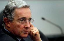 """""""No lo puedo creer"""", tendencia en Twitter tras orden de detención a Uribe"""