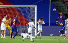 El gol de Lenglet se dio a través de este cabezazo que Ospina no pudo detener.