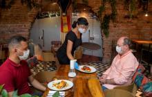 En video | Renacen las esperanzas en el sector gastronómico