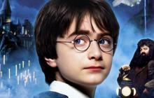 """La primera cinta de """"Harry Potter"""" logra mil millones de dólares en taquilla"""