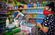 Comercio confía en mejorar desempeño, tras caer en julio