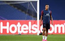 Kylian Mbappé durante una sesión de entrenamiento con el PSG.