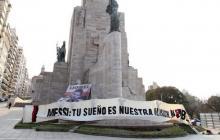 """""""Tu sueño, nuestra ilusión"""", rosarinos marchan para pedir el regreso de Messi"""