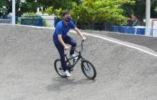 Alcalde Pumarejo entrega pista de bicicrós del Jardín Botánico