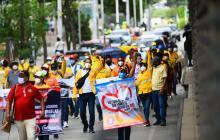 Centrales obreras marcharon en rechazo a medidas del Gobierno