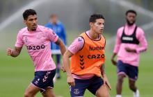 James Rodríguez en un entrenamiento con su nuevo club, el Everton de Inglaterra.