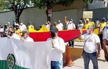 En video | En Barranquilla y Soledad marchan para apoyar a la Policía