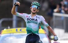 El alemán Lennard Kamna celebró a rabiar su victoria en la etapa 16 del Tour.