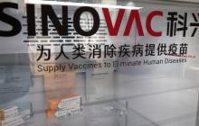 Hasta el momento se han iniciado pruebas clínicas en humanos de algo menos de cuarenta posibles vacunas a nivel mundial, de las que una decena se realizan en China.