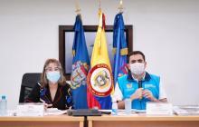 La ministra del Interior, Alicia Arango, y el gobernador, Vicente Blel, en la mesa de trabajo de este viernes.