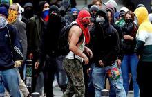 Capuchas y pinturas: el desacuerdo para el protocolo de las protestas