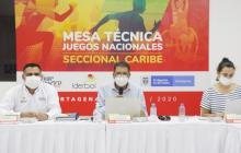 John Jairo Velásquez Cárdenas, Mariana Mesa, directores de los XXII Juegos Deportivos Nacionales y VI Paranacionales 2020 y el gerente de IDERBOL Jesús David Durán.
