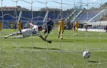 El gol del delantero atlanticense Luis Fernando Muriel ante el Cagliari.
