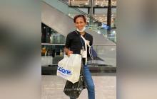 """""""Estoy feliz"""": Luis, víctima de ataque homofóbico, homenajeado en Bogotá"""