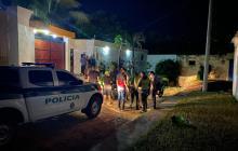 Policía llegó hasta la casa en Altos de Pradomar donde se realizaba una fiesta.