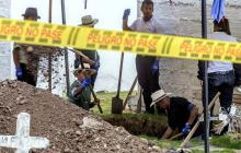 La JEP prohibió las exhumaciones e inhumaciones en 352 puntos de interés forense en el cementerio de Puerto Berrío, Antioquia.