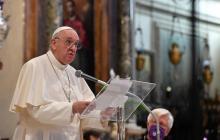 Homosexuales son hijos de Dios y tienen derecho a una familia: papa Francisco