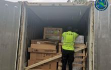 Hallan en Costa Rica 2.400 kilos de droga en contenedor que llegó de Colombia