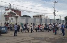 Controlan aforo para ingreso al cementerio de Riohacha
