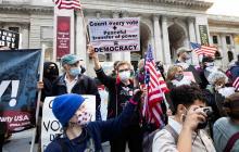 Protestas en varios estados contra intentos de Trump de frenar escrutinio