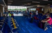 Prueba o no prueba: el dilema en los aeropuertos americanos ante la covid-19