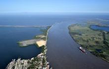 Buque con carga de clinker desvía ruta de Barranquilla a Cartagena