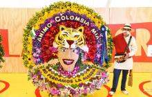 Francisco Quintero triunfó en el desfile de silleteros con un diseño inspirado en el Carnaval de Barranquilla.