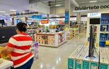 Comercio podrá abrir 24 horas durante el tercer día sin IVA
