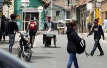 Denuncian muerte de 9 jóvenes por incendio en estación de Policía en Soacha