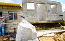 Viviendas colapsan por deslizamiento de tierra en Puerto Colombia