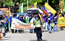 Las calles del norte de Barranquilla se llenaron de pancartas de marchantes que exigían sus derechos.